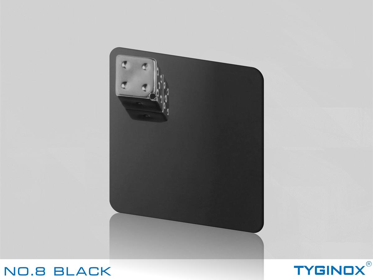 NO.8 BLACK